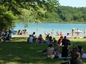 Le lac de Virieu le Grand (à 20 min) baignade, pêche