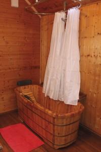 Chambre couple 4 baignoire